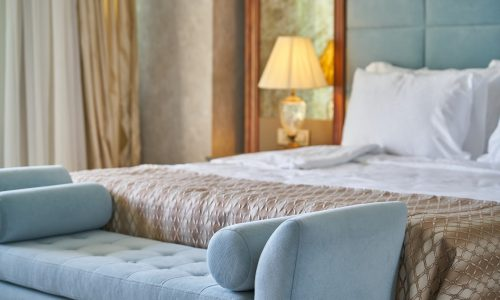 8 signs that your luxury hotel ain't so luxurious